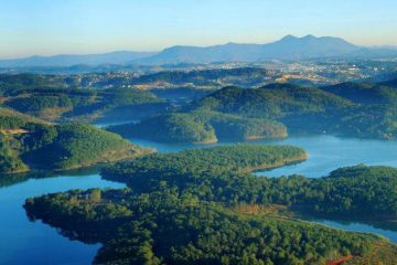 Truc Lam Pagoda and Tuyen Lam Lake